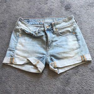 Juniors American Eagle jean shorts